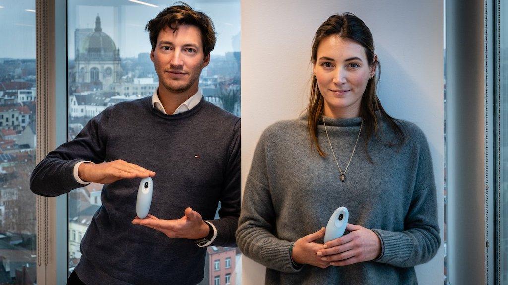 Moonbird co-founders, Stefanie and Michael Broes ©Kristof Vadino